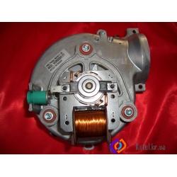 Вентилятор Ariston 65104357